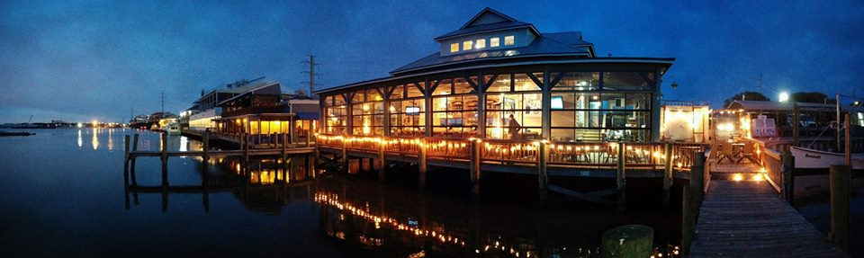 Virginia Beach Boat Rentals - Dinner on the Water